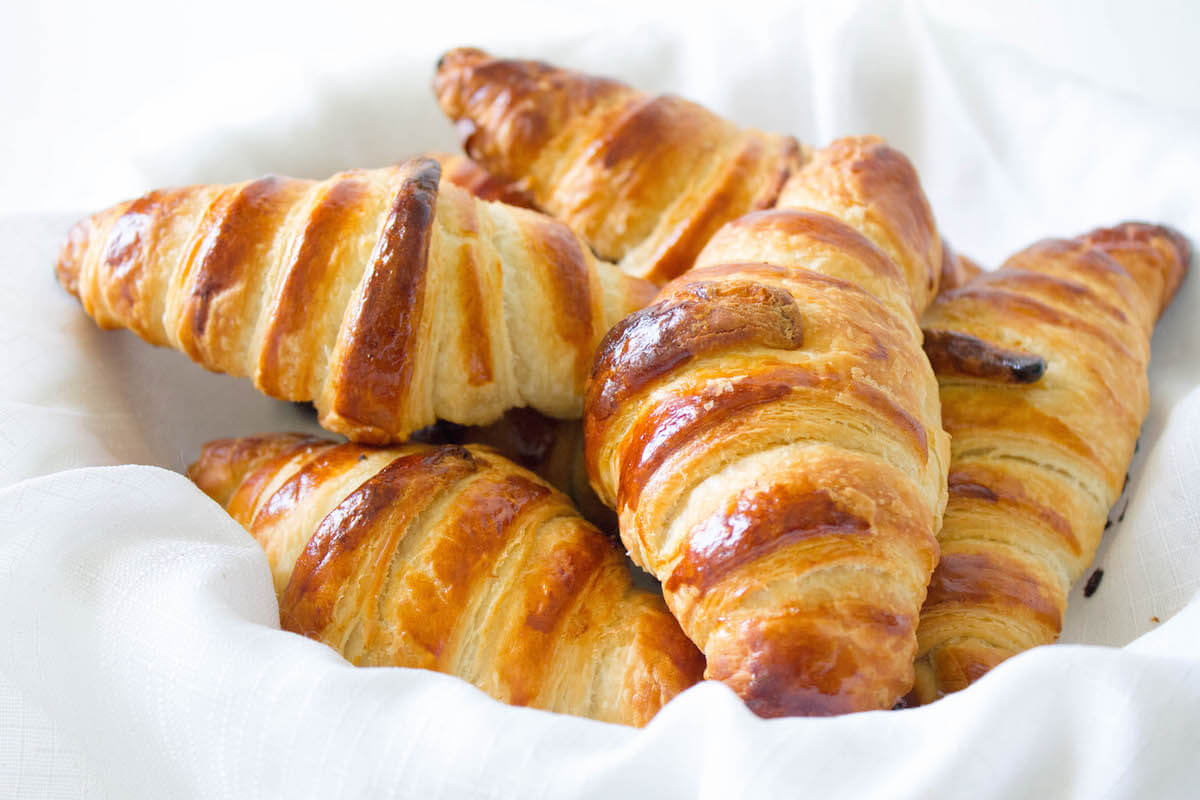 Classic French Croissants With Cheese Recipe