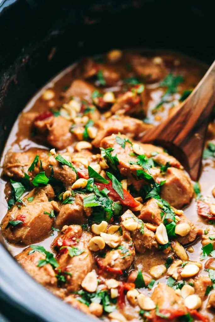Slow Cooker Thai Peanut Chicken Recipe | Asian food
