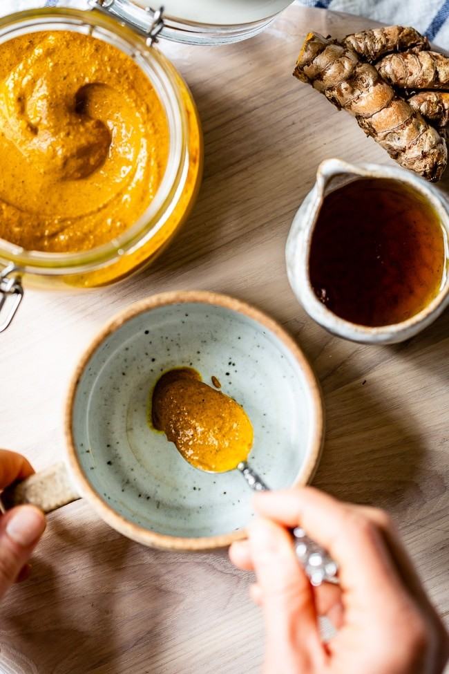 This is the homemade recipe on how to make Best Turmeric Paste to take full advantage on the healing properties of turmeric's healing power.