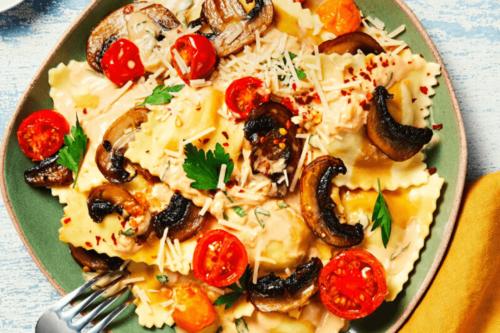 Creamy Ravioli with Mushroom Sauce