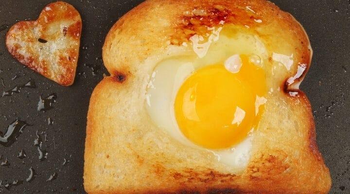 Blackstone Griddle Eggs in a Basket Easy Recipe